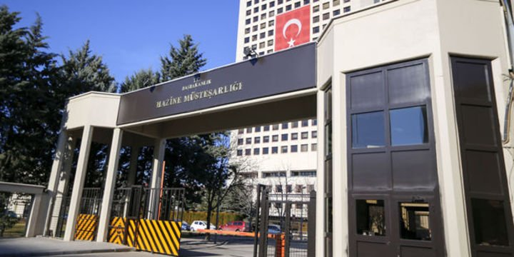 Hazine 8,5 milyar lira borçlandı