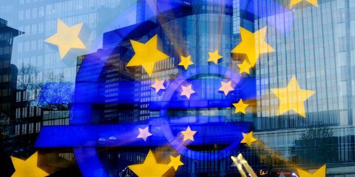 """""""Euro Bölgesi yüzde 2"""