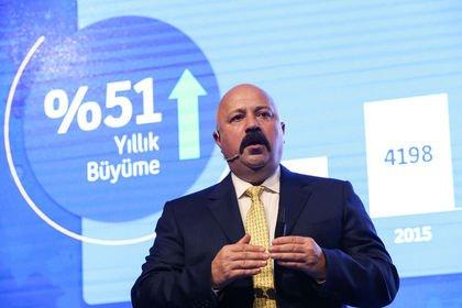 Turkcell'in net karı % 52 artışla 2,4 milyar li...