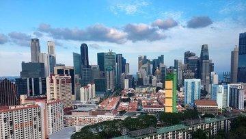 Bütçesi fazla veren Singapur vatandaşlarına prim ödeyecek