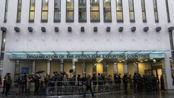 OPEC Komitesi aşırı arzdaki azalmanın hızlandığı görüşünde