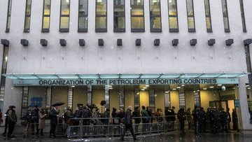 Kaynaklar: OPEC Komitesi aşırı arzdaki azalmanın hızlandı...