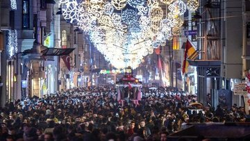 Türkiye'nin kadın nüfusu 2040'ta erkekleri geçecek