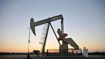 Petrol ABD'de üretimin artacağı endişeleri ile düştü