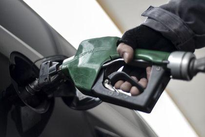 Benzine zam geliyor: Tarihin en yüksek seviyesi...