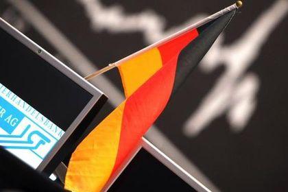 Almanya'da ZEW yatırımcı güveni beklentinin alt...