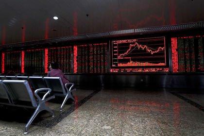 Küresel Piyasalar: Dolar yükseldi, hisse senetl...