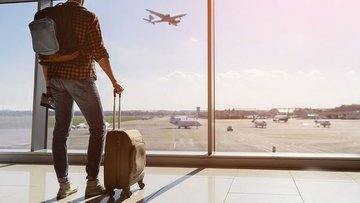 100 kişiden 80'i uçak biletini internetten alıyor