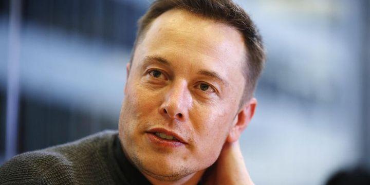 """Elon Musk """"Tesla iflas etti"""" şeklinde 1 Nisan şakası yaptı"""