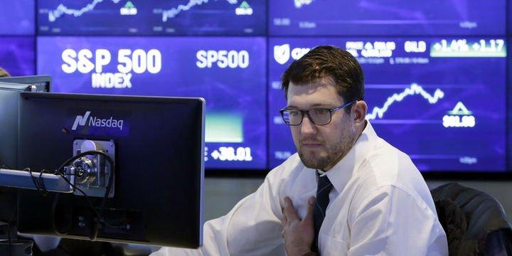 S&P 500 Endeksi 200 günlük hareketli ortalamasının altına düştü