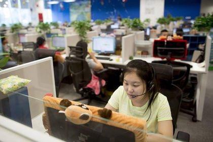 Çin'de hizmet PMI'sı Mart'ta 4 ayın düşüğüne ge...