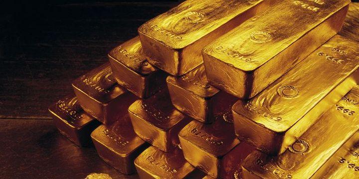 """Altın """"ticaret savaşı"""" ile tırmandı"""