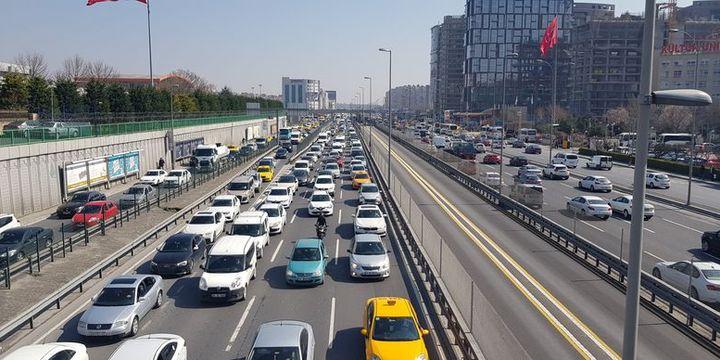 İTO seçimleri trafiği kilitledi