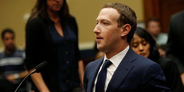 """Zuckerberg:""""Benim de bilgilerim üçüncü parti gruplara satıldı"""""""