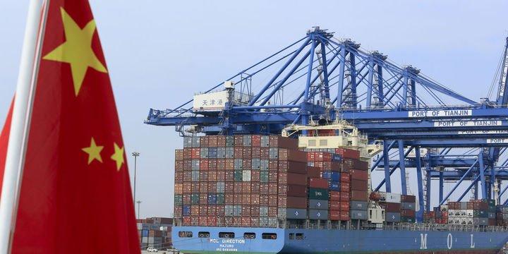 Çin 13 ayın ilk dış ticaret açığını kaydetti
