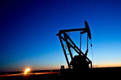 Martta küresel petrol üretimi azaldı