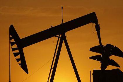 """Petrol """"UEA"""" sonrasında 3 yılın zirvesine tırma..."""
