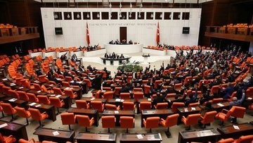Erken seçim önergesi Meclis'ten geçti