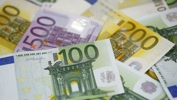 Euro Draghi'nin durgunluğu değerlendirdiklerini açıklamas...