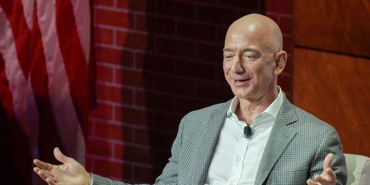 Jeff Bezos servetini 1 günde 4.6 milyar dolar artırdı