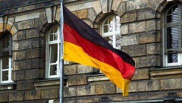 Almanya'da imalat PMI Nisan'da beklenenden fazla düştü