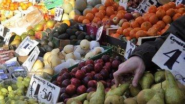 İngiltere'de enflasyon Nisan'da 13 ayın düşüğüne geriledi