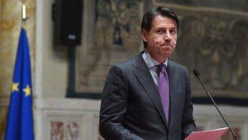 İtalya'da siyasi kargaşa derinleşiyor