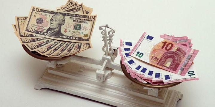 """Euro/dolar """"Draghi"""" sonrasında kayıplarını artırdı"""