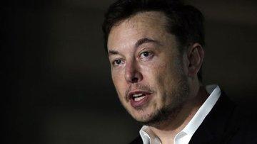 Elon Musk 25 milyon dolarlık Tesla hissesi aldı