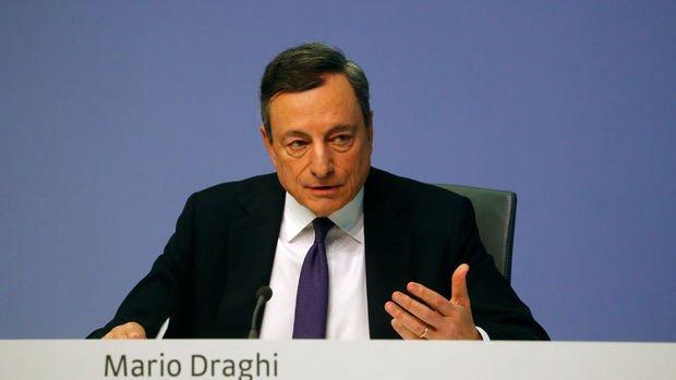 AMB/Draghi: Enflasyonda net olarak yukarı yönlü eğilim görüyoruz