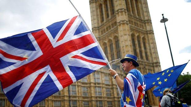 Brexit konusunda Parlamento'ya daha fazla güç verilmesi teklifi reddedildi