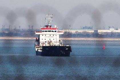 Güney Kore İran'dan petrol sevkiyatını durduracak