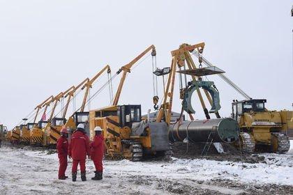 Rusya'nın petrol üretimi azaldı, doğalgaz üreti...