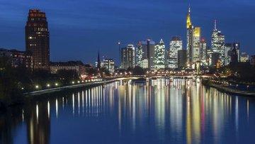 """Frankfurt """"Brexit"""" yarışında öncülüğünü kaybediyor"""