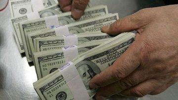 Yurt içi yerleşiklerin döviz mevduatı 3.9 milyar dolar az...
