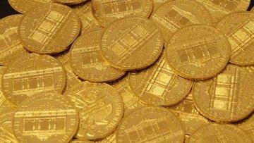 Altın yaklaşık 1 yılın düşüğünde seyrediyor