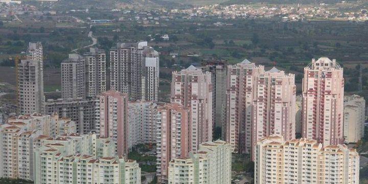 """""""Kamu yatırımları ile kentsel dönüşüm inşaat sektörünü büyütecek"""""""