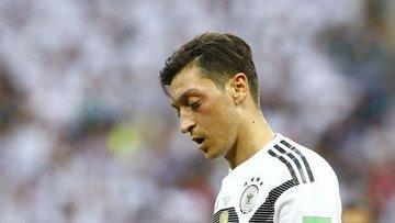 Mesut Özil'in kararı İngiliz ve Alman medyasında geniş ye...