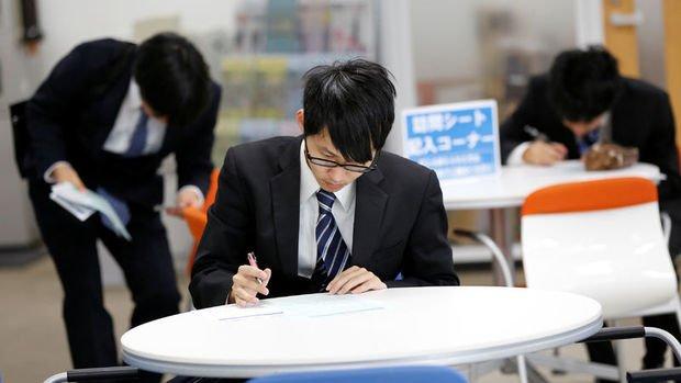 Japonya'da işsizlik Haziran'da beklentinin üzerinde gerçekleşti