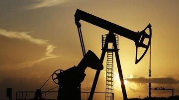 """Petrol """"arz riski"""" ile yükseldi"""