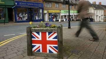 İngiltere'de işsizlik 43 yılın yeni en düşüğüne indi